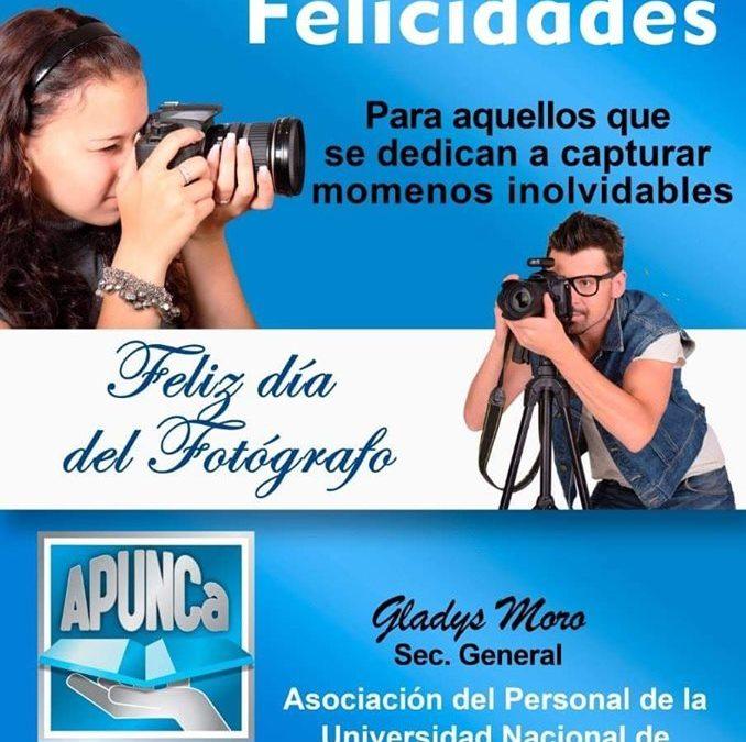 FELIZ DÍA A TODOS LOS FOTOGRAFOS !!!!